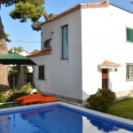 White Roses Villa - Charming house in quiet location near Sintra and Praia Grande