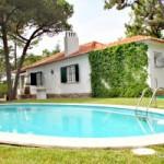 Casal Tiroliro: Villa with private pool in Sintra near Praia Grande beach