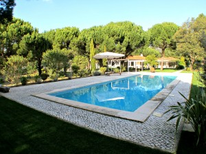 Arrabida Luxury Villa – Spectacular designer villa with large private pool and garden