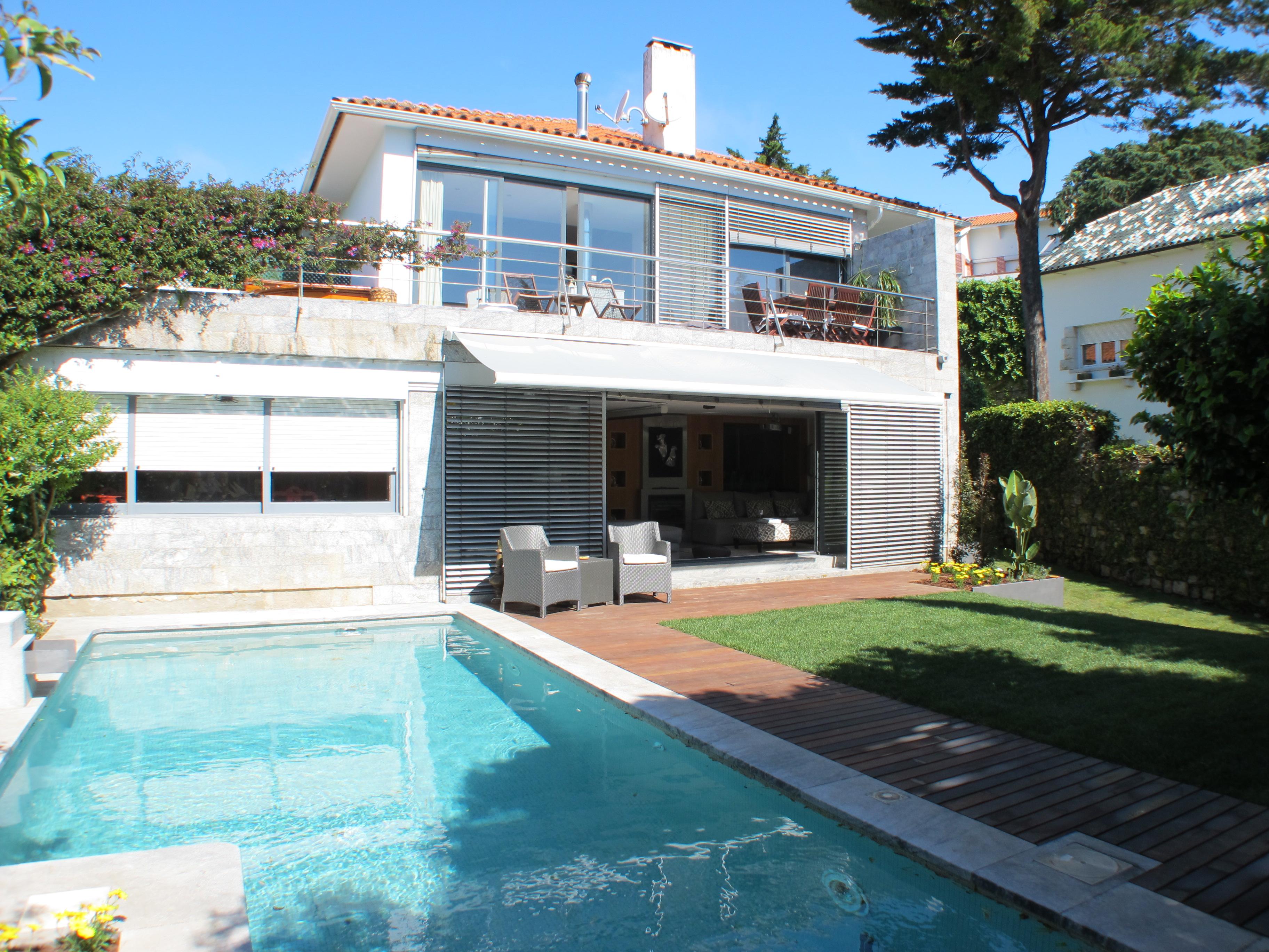 Estoril Atlantic Villas – Luxury villa with private pool in the centre of Estoril