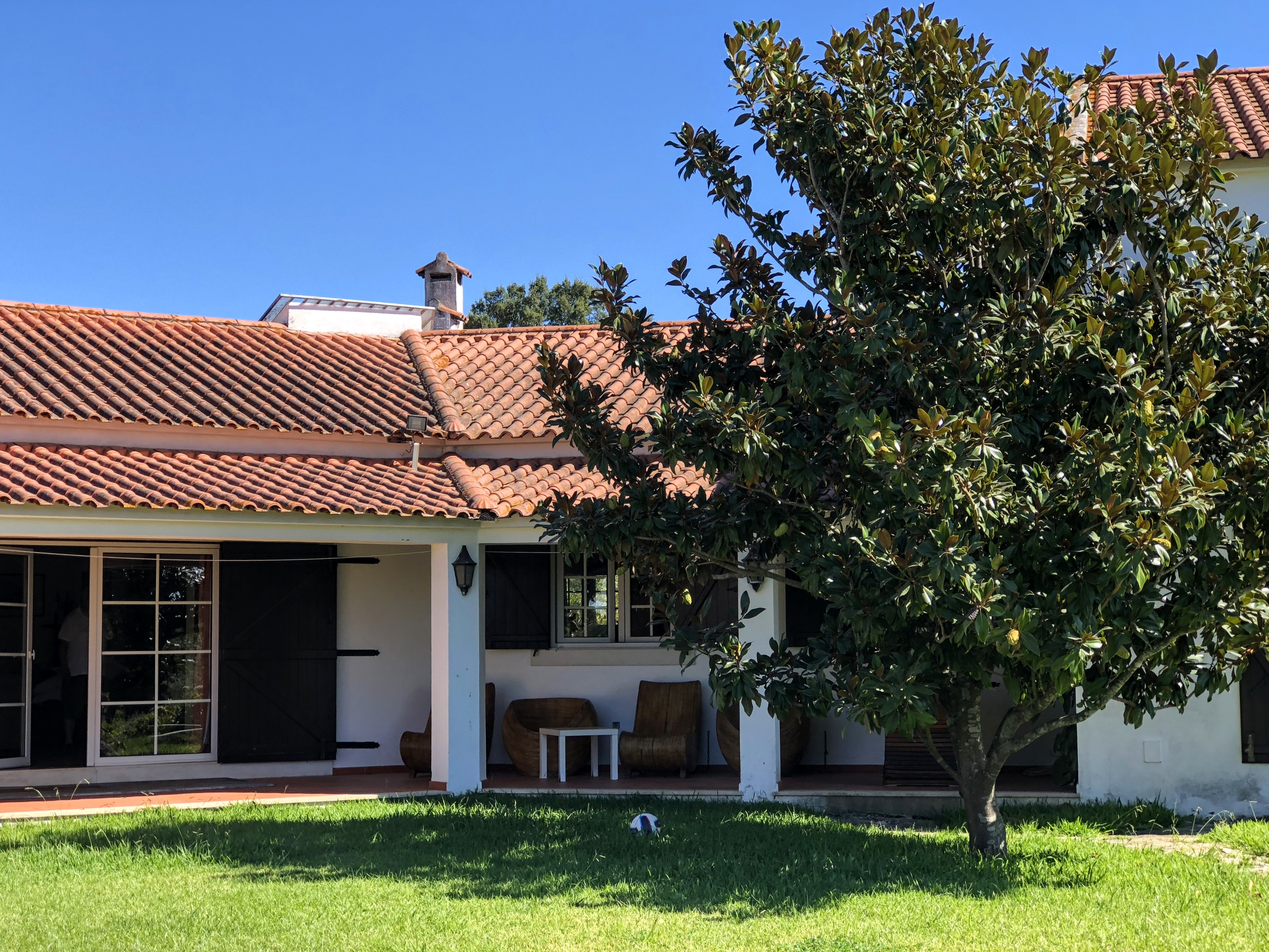 The Vineyard Villa – Large villa with private swimming pool near Lisbon